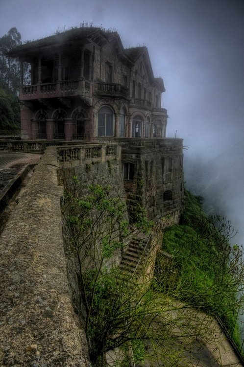Haunted, Hotel del Salto, Columbia