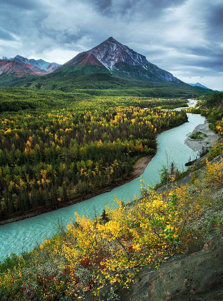 King Mountain and Matanuska River in Alaska, USA