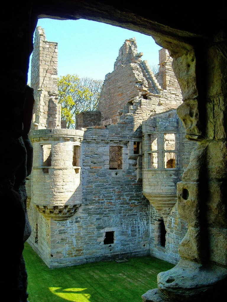 Earl's Palace ruins in Kirkwall / Scotland